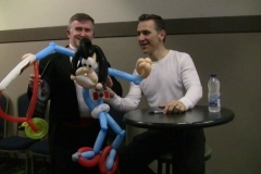 """Stars On Ice (Elvis Stojko: """"This is a first! I'd like a picture too!"""")"""