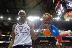 "Harlem Globetrotters (7'4"" Stretch Middleton)"